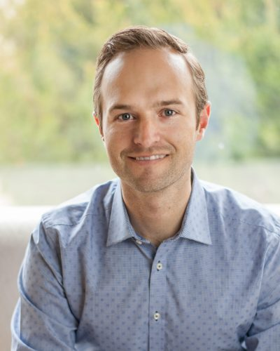 Will Devick of dl&co chartered professional accountants in Kamloops and Revelstoke smiling for professional headshot.